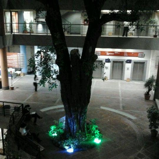 Foto tomada en Universidad Autónoma de Asunción por Matias Sebastian G. el 5/7/2012