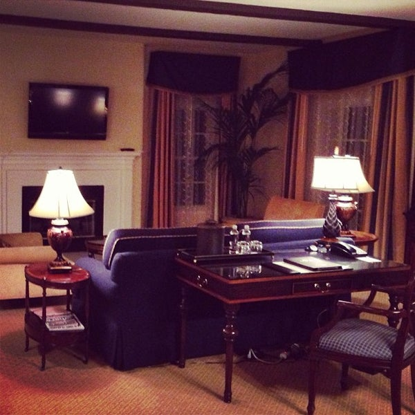 Photo taken at Langham Huntington Hotel by Shelby B. on 2/17/2013