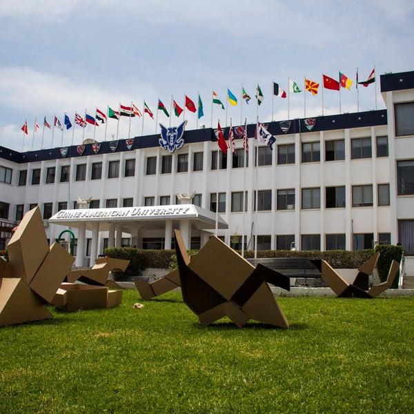 Photo prise au Girne American University par Girne American University le11/5/2014