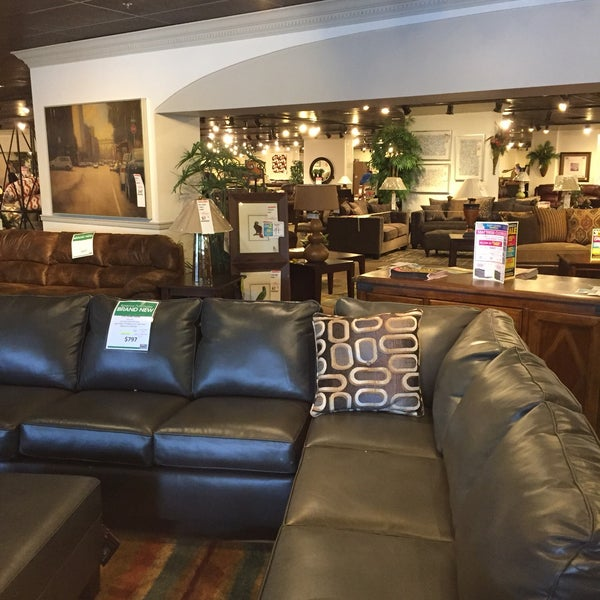 Sofa Outlet Store: Rooms To Go Outlet Furniture Store