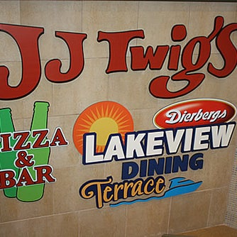 Photo taken at J.J. Twigs Pizza & BBQ by J.J. Twigs Pizza & BBQ on 7/23/2014