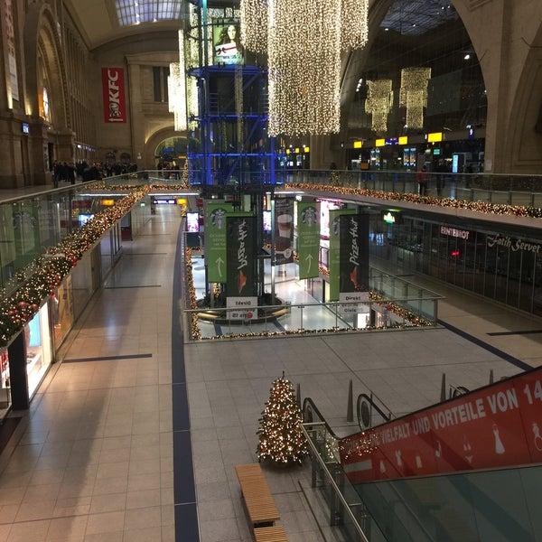 Das Foto wurde bei Promenaden Hauptbahnhof Leipzig von Michael U. am 12/31/2016 aufgenommen