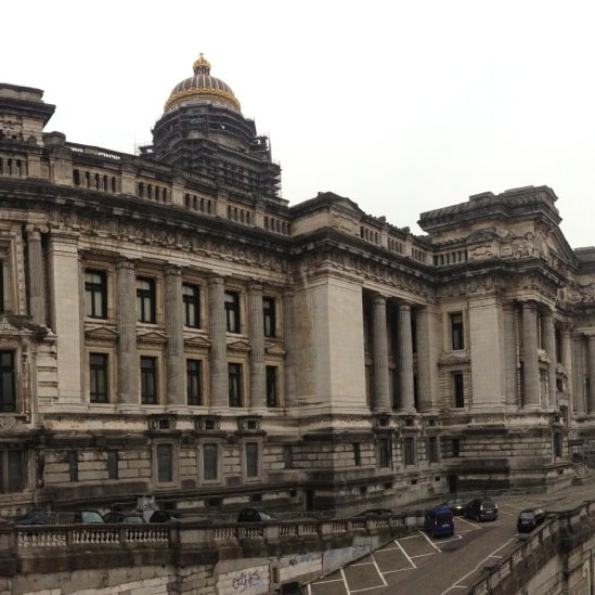 Photo taken at Justitiepaleis / Palais de Justice by Theodore S. on 3/26/2013