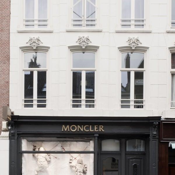 moncler amsterdam adres
