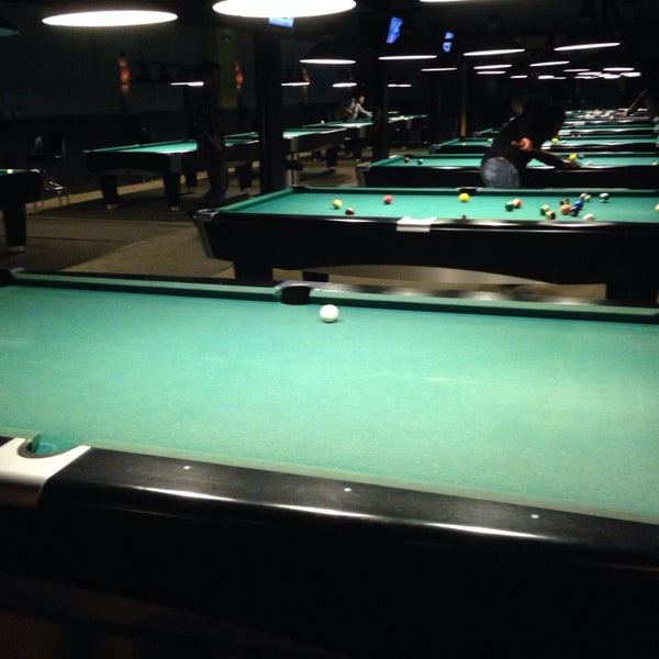 Photo taken at Pressure Billiards & Cafe by Steve S. on 1/30/2014
