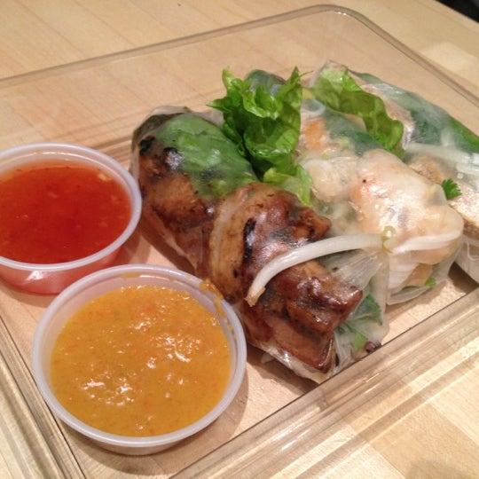 Photo taken at Freshroll Vietnamese Rolls & Bowls by Urban S. on 12/1/2012