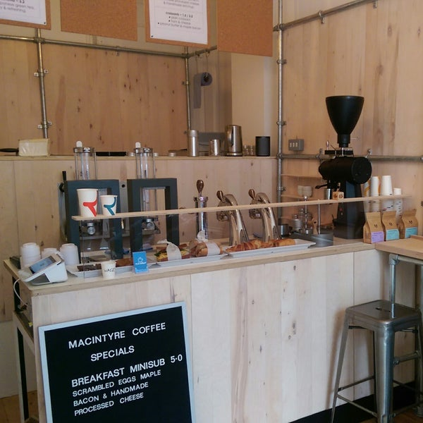 Lots of interesting coffee geek equipment without the pretension. 7 bar stools, excellent coffee, a few snacks too
