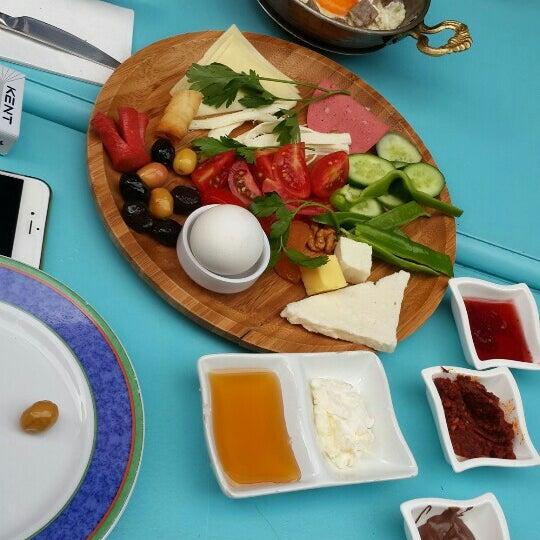 5/28/2016 tarihinde Sevda K.ziyaretçi tarafından Otlangaç Kahvaltı & Kafe'de çekilen fotoğraf