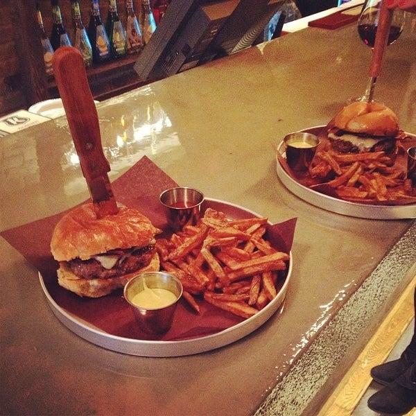 Foto diambil di Bite Burger House oleh Karl C. pada 4/8/2014