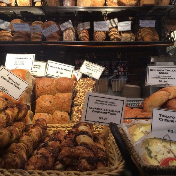 Foto tomada en Amy's Bread por Viktoria L. el 9/27/2015