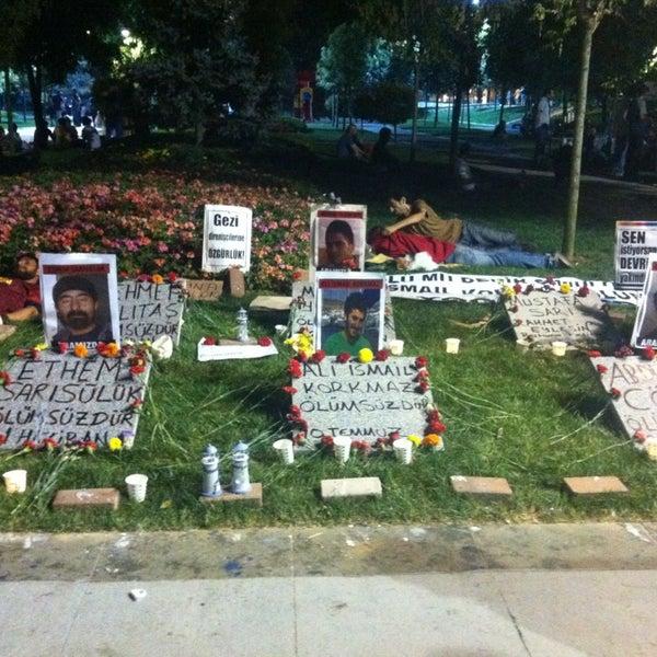 7/10/2013にEzgi D.がTaksim Gezi Parkıで撮った写真