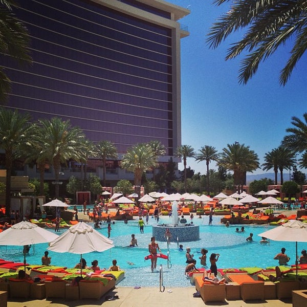 Red Rock Casino and Resort Review Part 2: Red Rock Canyon