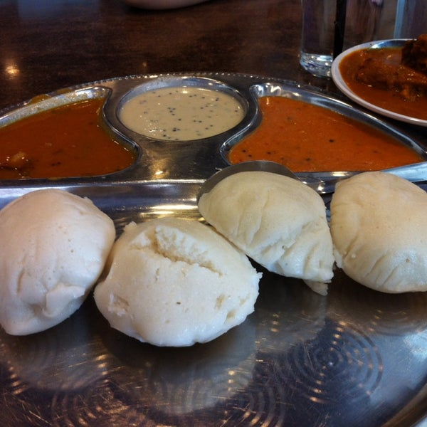 Photo taken at Chennai Curry House by Syukran R. on 9/20/2014