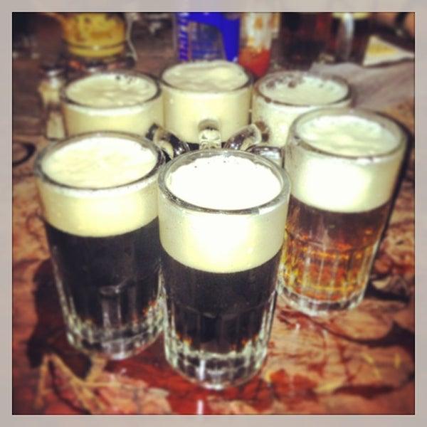 Photo prise au McSorley's Old Ale House par Noelia S. le5/11/2013