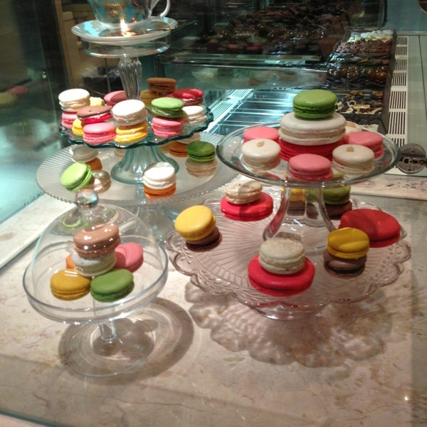 Photo taken at Fortnum & Mason by Dee S. on 7/24/2013