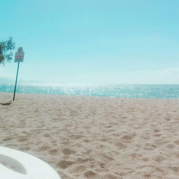 6/30/2018 tarihinde TC Işıl A.ziyaretçi tarafından Ünlüselek Beach'de çekilen fotoğraf
