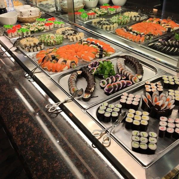 Hong yun lai ulm baden w rttemberg for Asia cuisine ulm