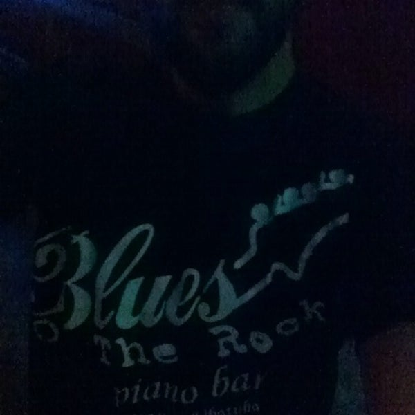 Foto tirada no(a) Blues On The Rocks por Bruno R. em 9/24/2014