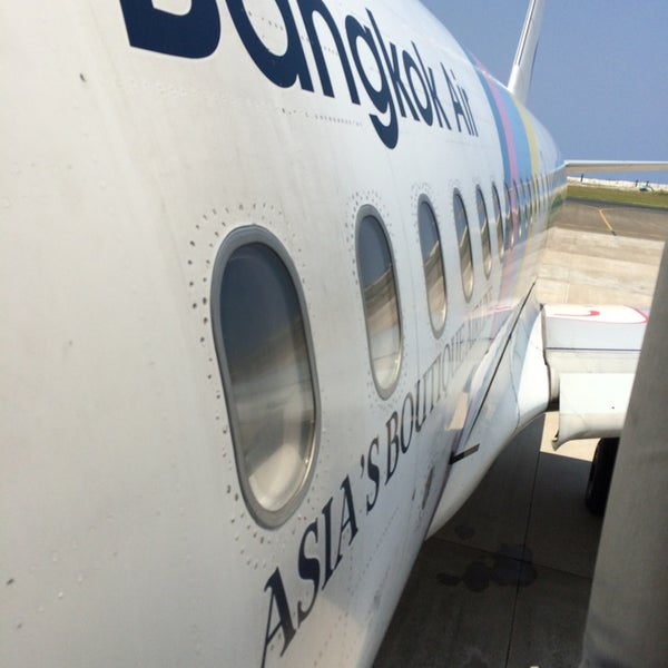 Photo taken at Bangkok Airways PG 712 by Boabulhi on 4/14/2014