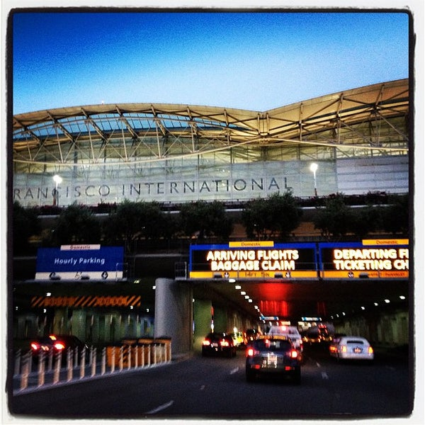 Photo taken at San Francisco International Airport (SFO) by Jamil S. on 7/29/2013