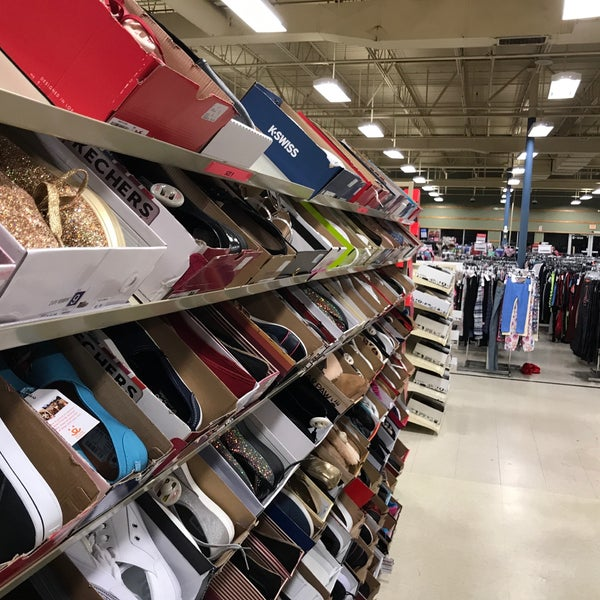 Gabes clothing store