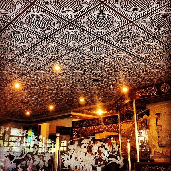 Снимок сделан в Golden Plaza Chinese Restaurant пользователем Leonardo R. 3/16/2013