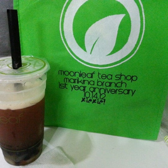 Photo taken at Moonleaf Tea Shop by Blue R. on 10/24/2012