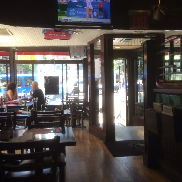 Photo taken at Baker Street Pub by kevin r. on 8/14/2014