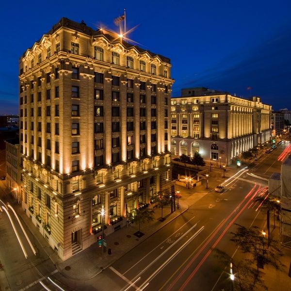 Hotel St Paul Restaurants Nearby
