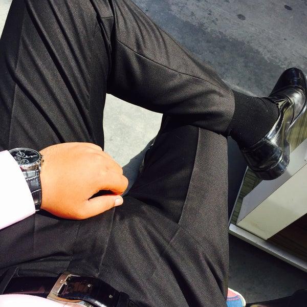 Foto tirada no(a) Kusadasi Leather por Yucel E. em 5/27/2016