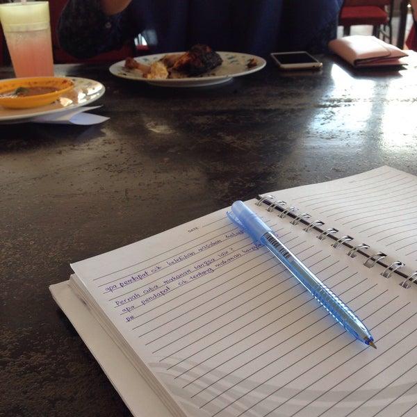 Photo taken at Restoran D'Warisan by Fatihahafiza .. on 4/13/2016