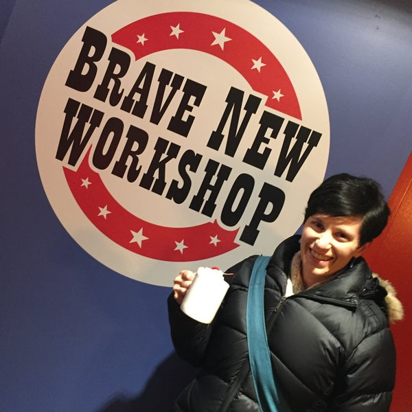 Photo taken at Brave New Workshop Comedy Theatre by Janelle N. on 12/12/2015