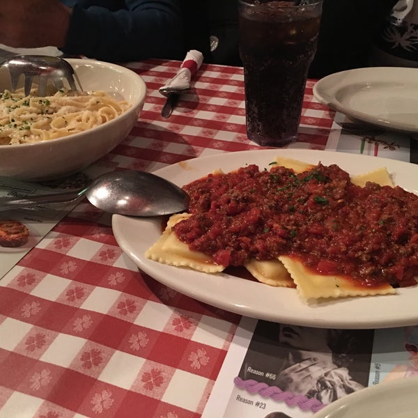 Photo taken at Buca di Beppo by Alessandra C. on 9/13/2016