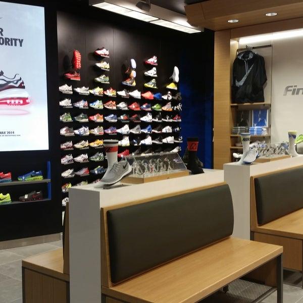 Retro Shoe Store In Las Vegas