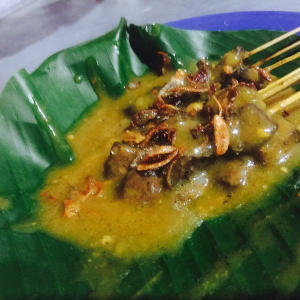 Sate Padang Bang Edi parahhh ga Enak..bumbu meleset abis😖😖Sate Padang Arridho memble jga