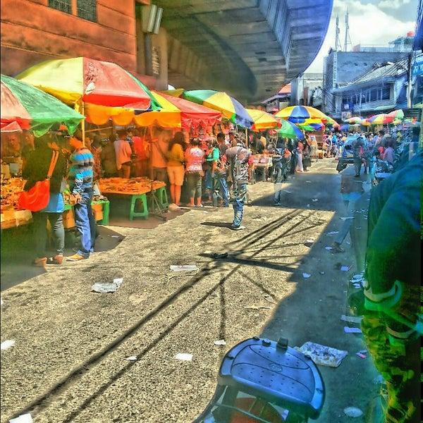 Photo taken at Pasar Asemka by AmInK on 8/14/2013