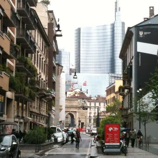 Corso garibaldi road in milano for Corso arredatore d interni milano