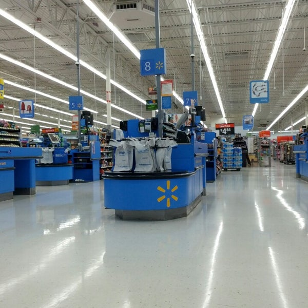 photo taken at walmart supercenter by joey t on 662013