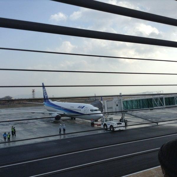 1/2/2013にTakanori T.が岩国錦帯橋空港 / 岩国飛行場 (IWK)で撮った写真