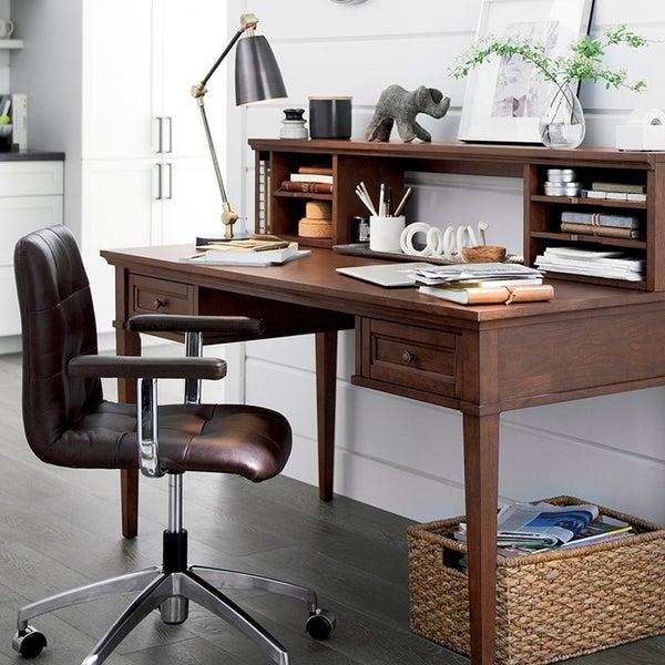 Удобный стул Navigator с обивкой из натуральной кожи – идеальное решение для домашнего кабинета.