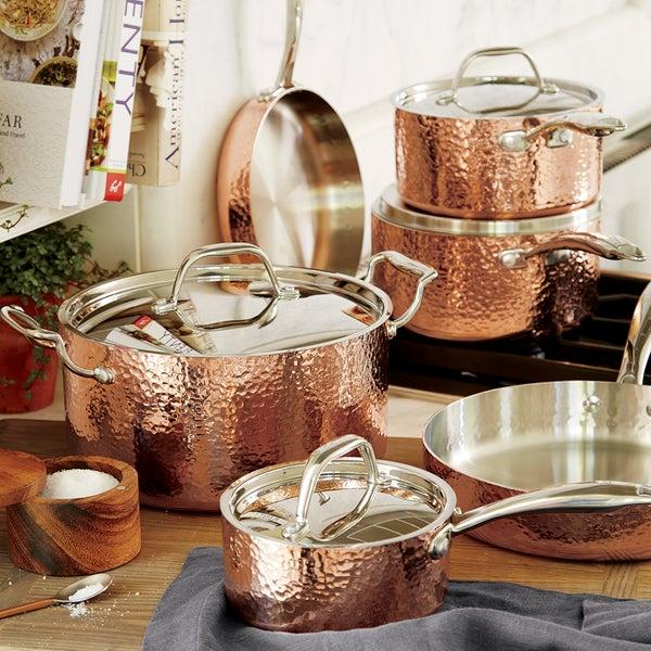 Fleischer and Wolf Seville Hammered Copper 10-Piece Cookware Set — экстраординарная посуда, которая одинаково хорошо подойдёт, как для домашнего использования, так и для профессионалов.