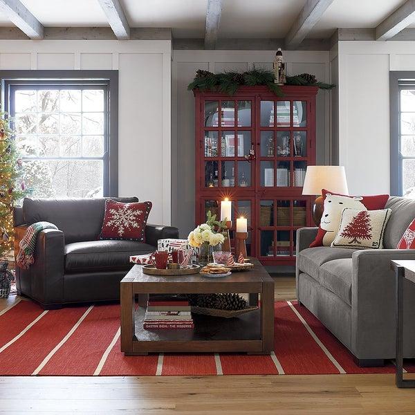 Классическая и современная мебель от лучших дизайнеров ждет вас в магазине Crate and Barrel.