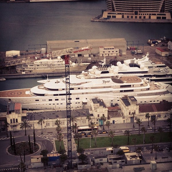Photo taken at OneOcean Port Vell Barcelona by Tom H. on 4/29/2013