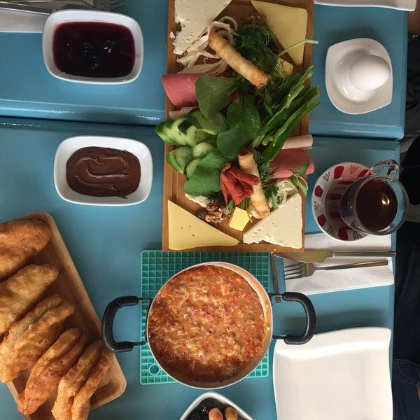 11/12/2016 tarihinde Elif Y.ziyaretçi tarafından Otlangaç Kahvaltı & Kafe'de çekilen fotoğraf