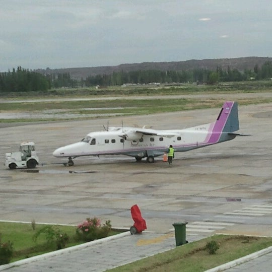 Foto tomada en Aeropuerto Internacional del Neuquén - Presidente Juan D. Perón (NQN) por Mariano E. el 11/16/2012