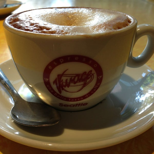 Photo taken at Espresso Vivace by hector m. on 7/29/2013