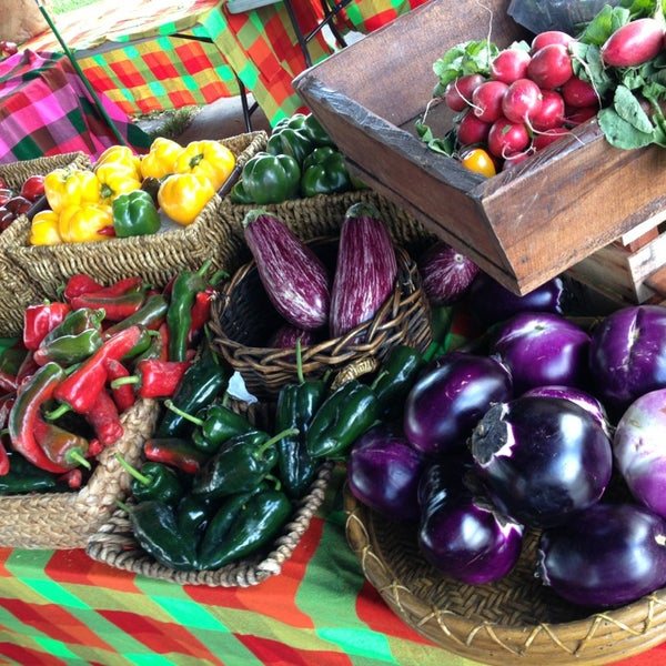 Photo taken at Gables Farmers Market by Danny D. on 2/2/2013