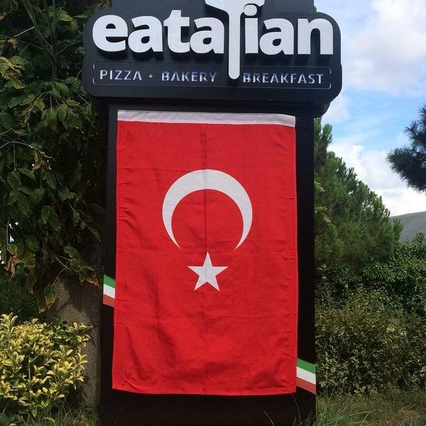 8/30/2017 tarihinde Ayt T.ziyaretçi tarafından All Eatalian ( Pizza - Bakery - Breakfast )'de çekilen fotoğraf