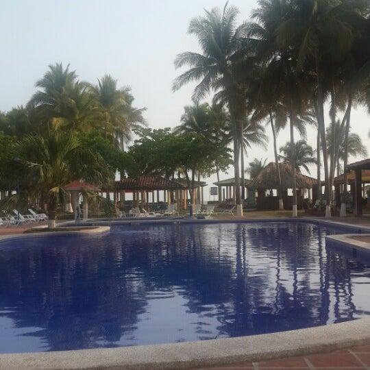 Foto tomada en HOTEL PACIFIC PARADISE por Alejandro R. el 4/21/2015