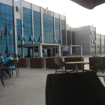 Снимок сделан в Girne American University пользователем Alper Ü. 10/9/2012